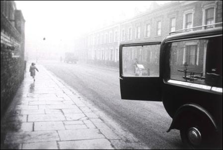 london-street-1951-robert-frank